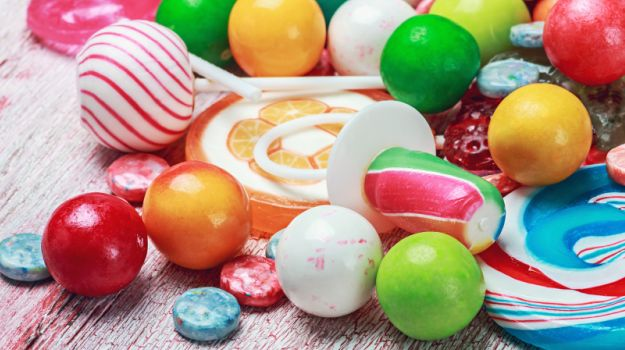 Harmful Food Additives: Chocolates and Chewing Gums May Harm Your Intestines